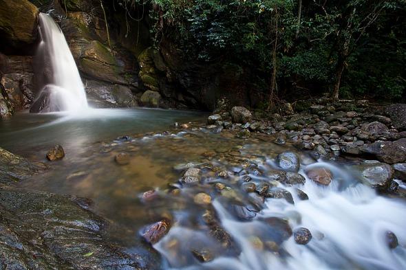 Cachoeira das Andorinhas - Aldeia Velha, Silva Jardim-RJ